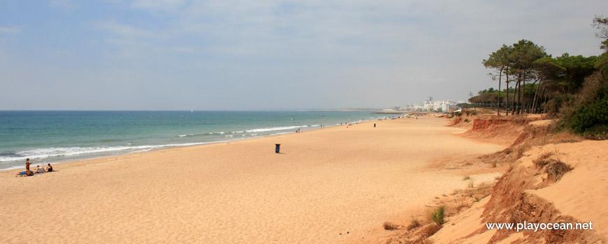 Oeste na Praia de Loulé Velho