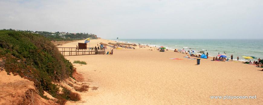 Este na Praia de Loulé Velho