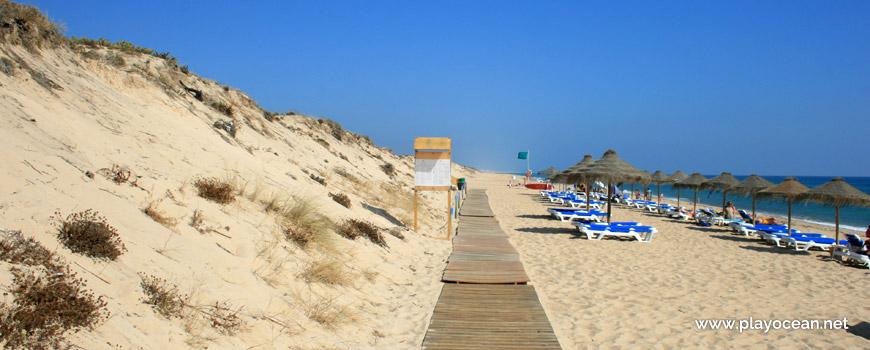 East at Praia da Quinta do Lago Beach