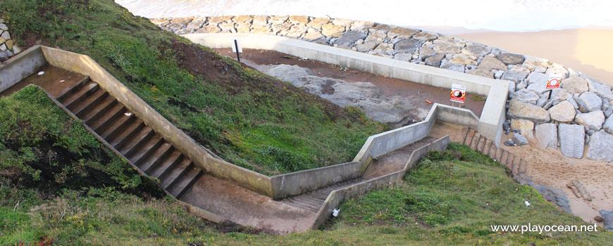 Escadaria na Praia da Malhada
