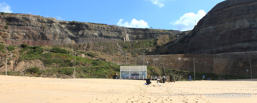 Cliff and bar, Praia da Calada Beach