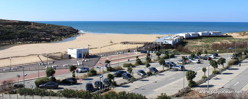Estacionamento na Praia da Foz do Lizandro