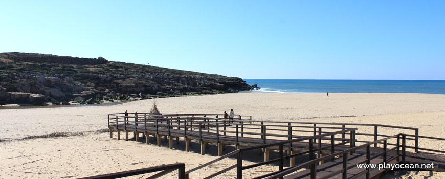 Access to the sand of Praia da Foz do Lizandro Beach