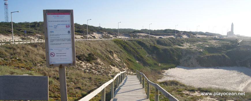 Escadaria Norte na Praia da Concha