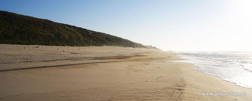 South of Praia das Valeiras Beach