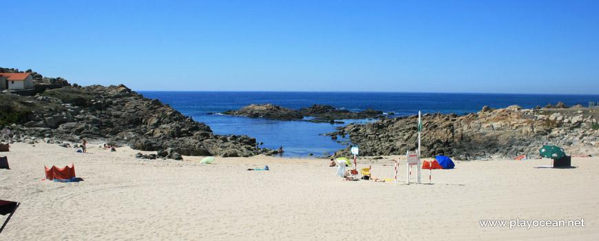 Lifeguard station, Praia Azul Beach
