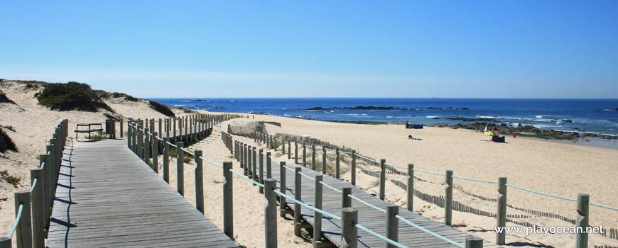 Walkways at Praia do Cabo do Mundo Beach