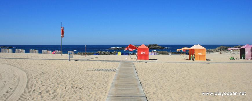 Walkways at Praia do Marreco Beach