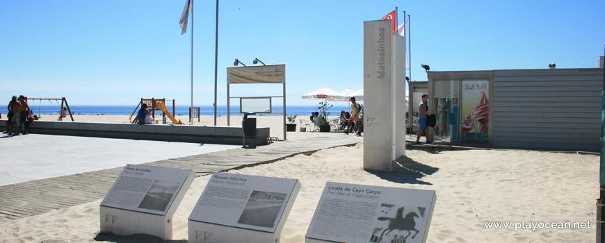 Entrance of Praia de Matosinhos Beach