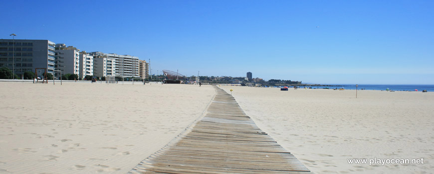 Walkway at Praia de Matosinhos Beach