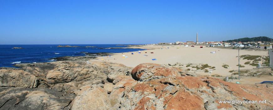 North of Praia da Memória Beach