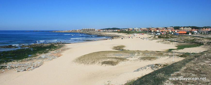 North of Praia das Salinas Beach