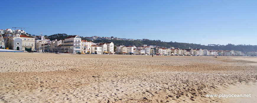Houses of Nazaré village