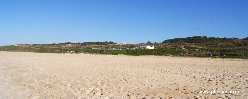 Houses at Praia do Norte Beach