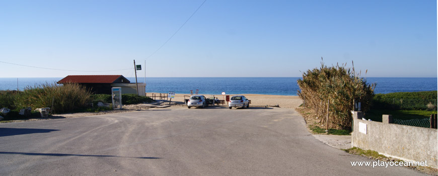 Entrance of Praia do Salgado Beach