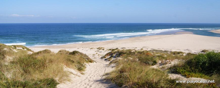 Caminho para a Praia do Bom Sucesso