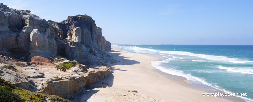 Access to Praia da Estrela Beach