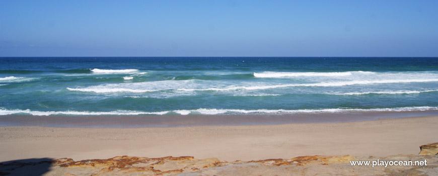 Mar na Praia da Estrela