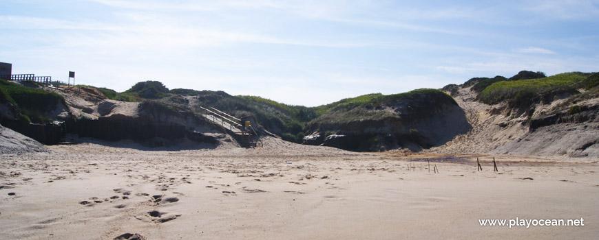 Cliff at Praia do Rei do Cortiço Beach