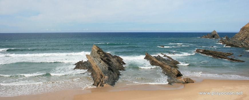 Mar na Praia dos Alteirinhos