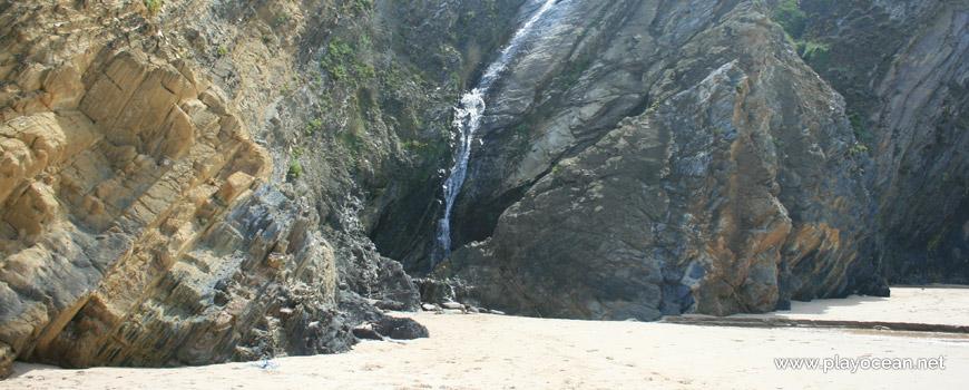 Cascata da Praia dos Alteirinhos