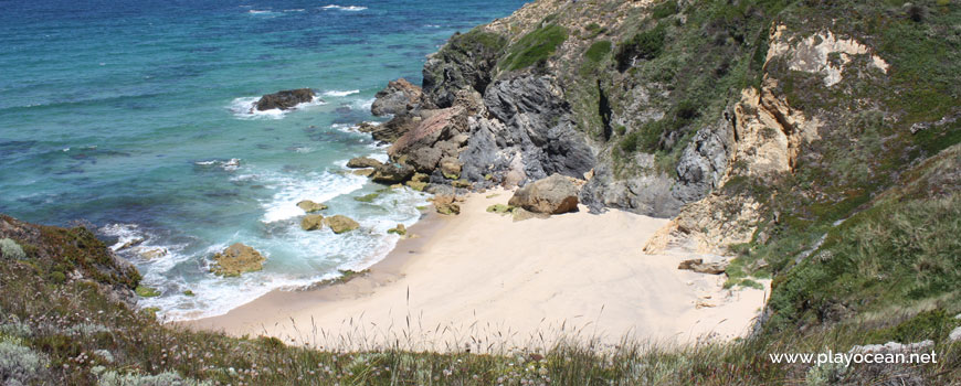 Norte na Praia da Angra da Cerva