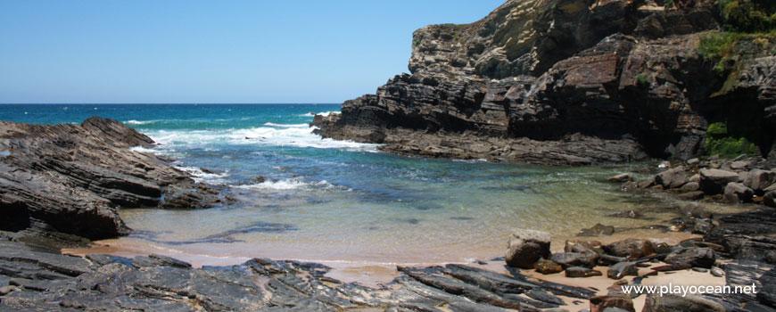 Mar na Praia dos Carreirinhos