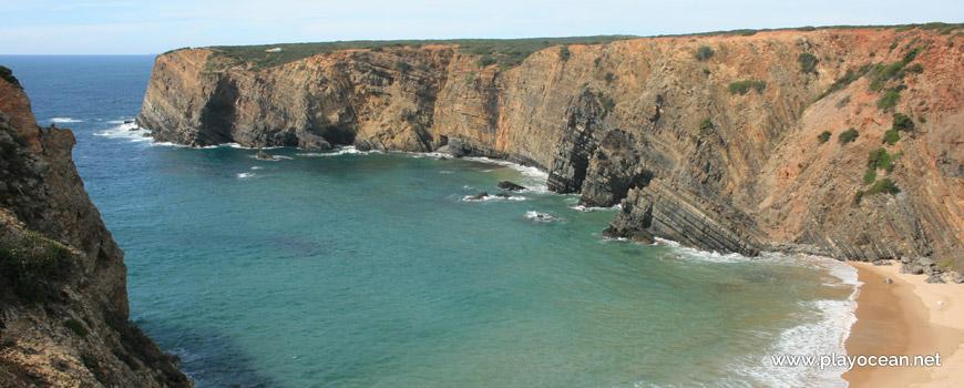 Falésia na Praia do Tonel