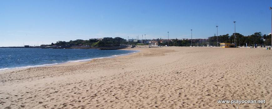 Oeste na Praia de Santo Amaro de Oeiras