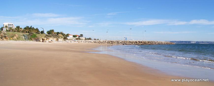 Seaside at Praia da Torre Beach