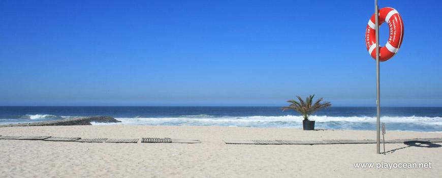 Frente de mar na Praia de Cortegaça