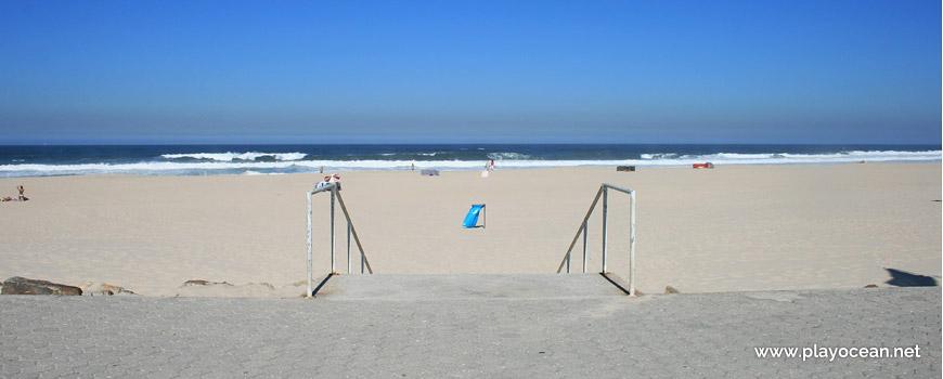 Access to Praia de Esmoriz Beach