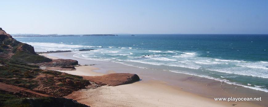Beira-mar na Praia da Almagreira