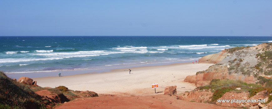 Praia da Almagreira Beach