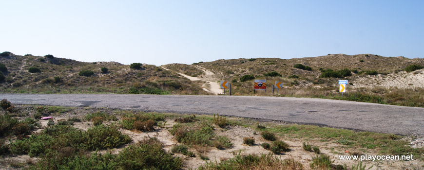 Estrada, Praia do Medão Grande
