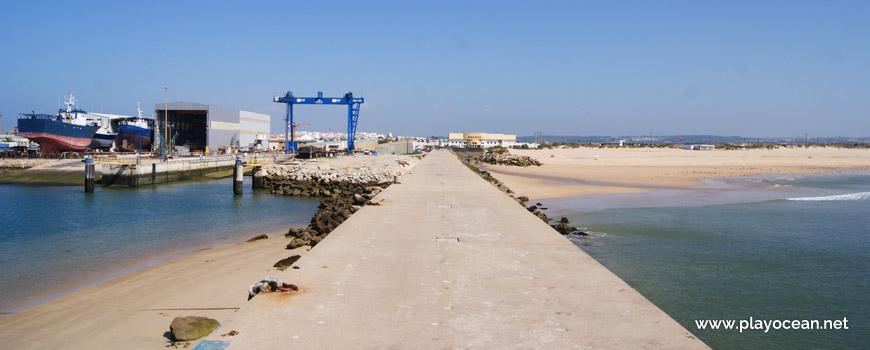 Molhe Leste (East Pier)