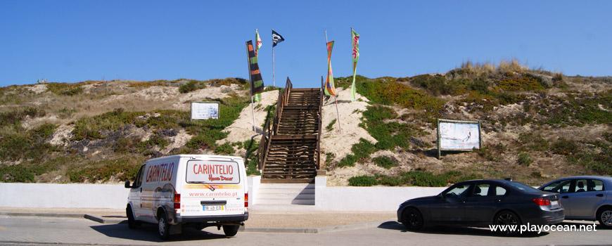 Access to Praia de Peniche de Cima Beach