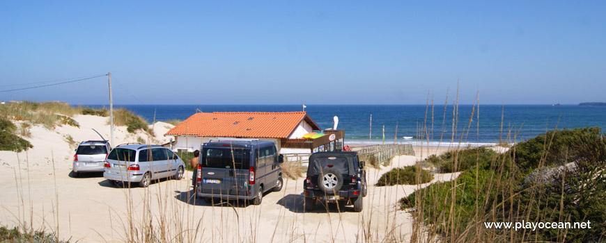 Cars at Praia de Peniche de Cima Beach