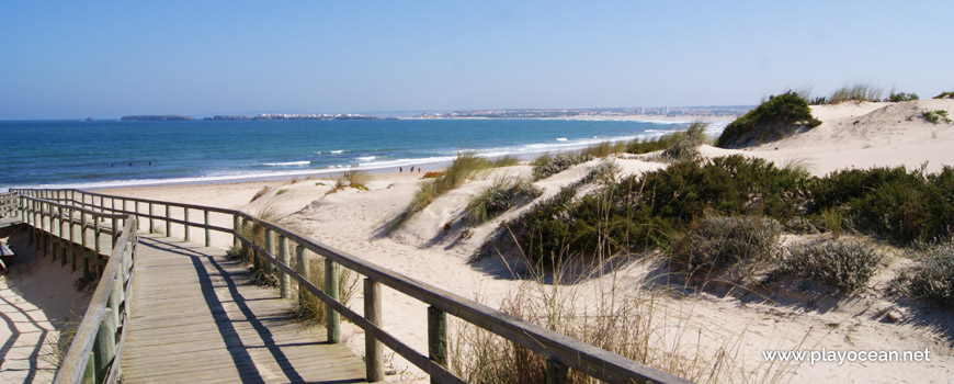 Walkway at Praia de Peniche de Cima Beach
