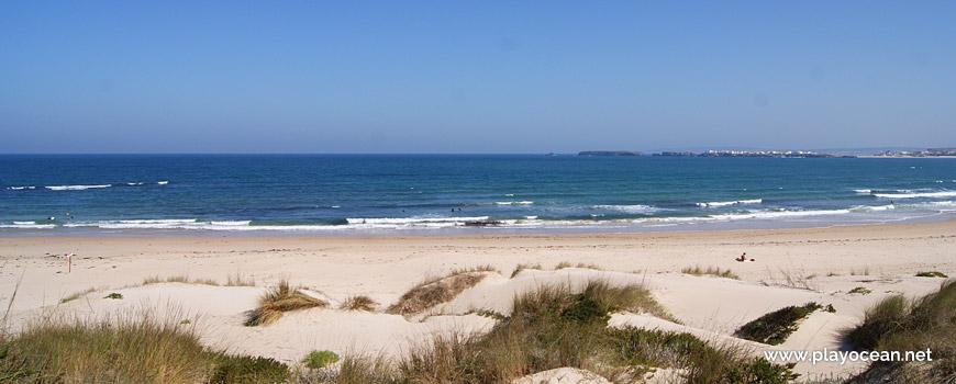 Sea at Praia de Peniche de Cima Beach