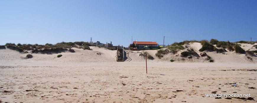 Access and bar, Praia de Peniche de Cima Beach