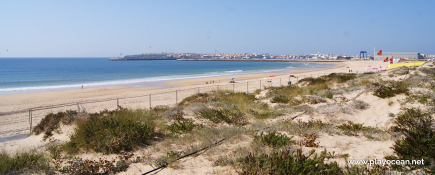 Praia dos Supertubos Beach and Peniche