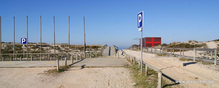 Início do acesso à Praia do Osso da Baleia