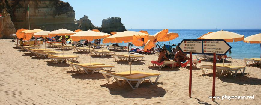 Aluguer de camas na Praia dos Careanos