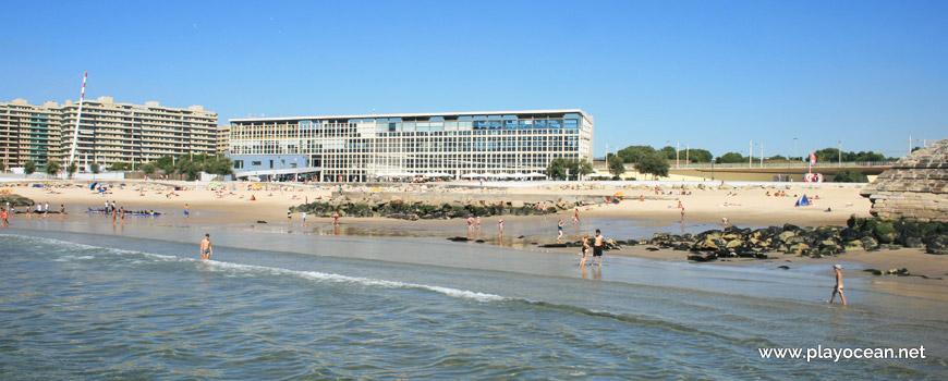 Beira-mar da Praia Internacional