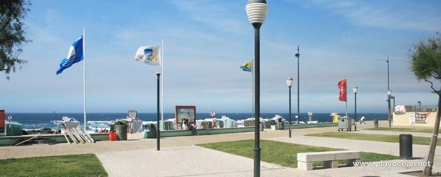 Estandartes da Praia Azul