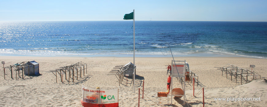 Lifeguard station, Praia da Estela Beach