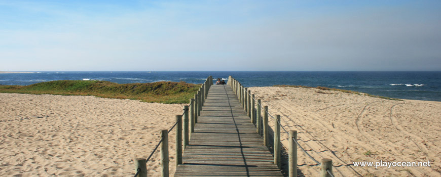 Access to Praia do Quião Beach