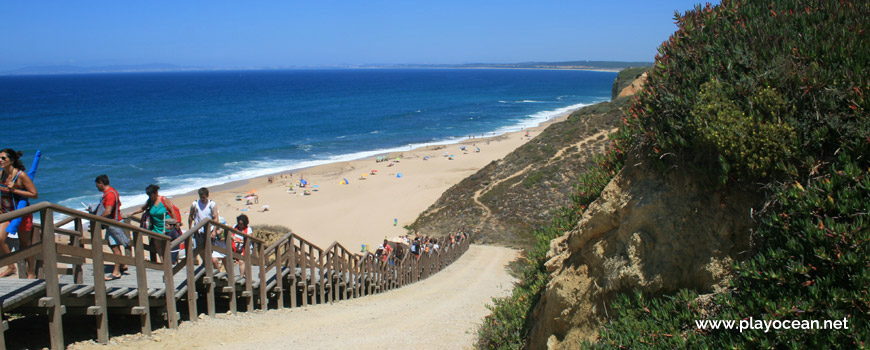Final das escadas da Praia das Bicas