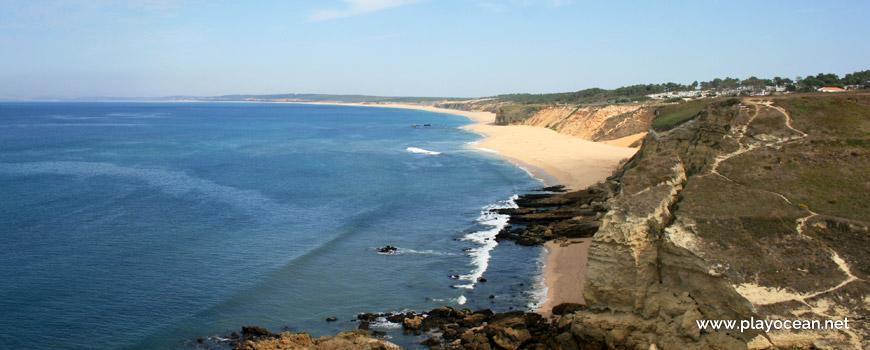 Vista panorâmica sobre a Praia das Bicas